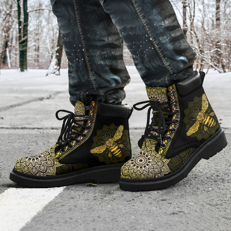 """BEE LEATHER BOOT@ zolagifts beeshoes@all-season-boots"""" 283919"""