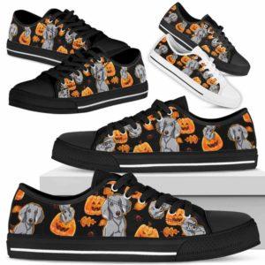 LTS-U-Dog-HalloweenPattern-Weimaraner-61@ Halloween Pattern Weimaraner 61-Pumpkin Weimaraner Halloween Dog Lovers Low Top Shoes Women Men Gift. Dog Mom Dog Dad Custom Shoes.
